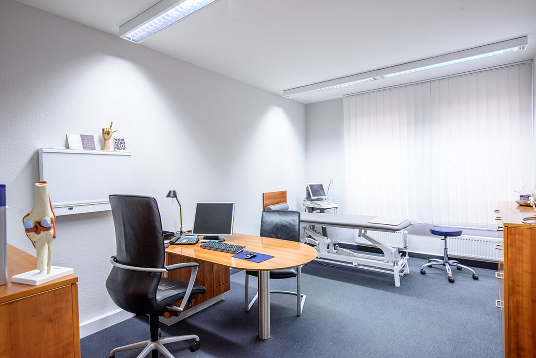 Orthopädie Bonn - Klippert, Mies, Sippel - ein Behandlungszimmer der Praxis