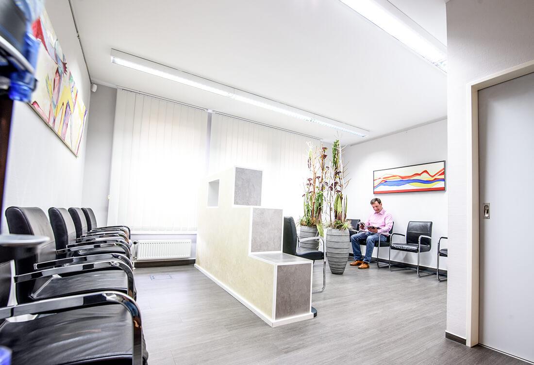 Orthopädie Bonn - Klippert, Mies, Sippel - das Wartezimmer der Praxis