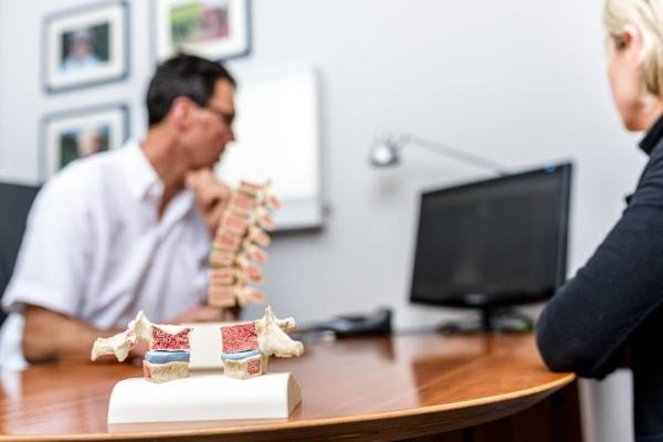 Orthopaedie-Bonn-Osteoporose Patientengespräch